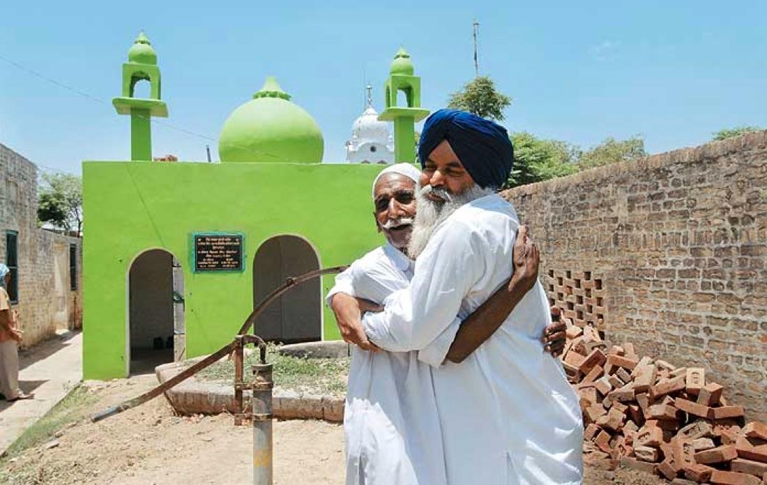 sikh-hindu-muslim-mosques-punjab.jpg